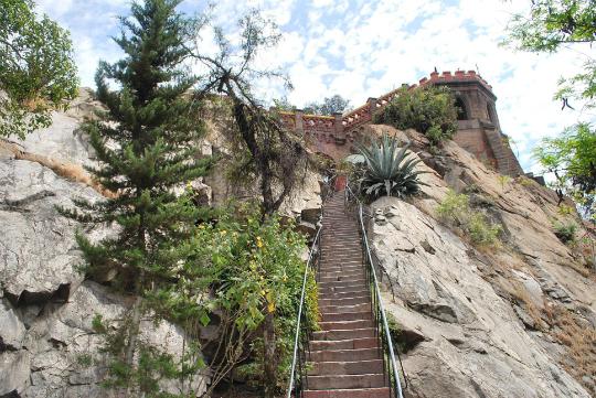 cerro-santa-lucia-likechile-8-w540-h540